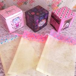 箱と中の巾着の組み合わせ